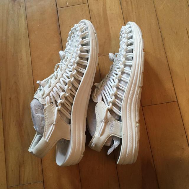 KEEN(キーン)の【新品 未使用品】KEEN キーン ユニーク  ホワイト  サンダル レディースの靴/シューズ(サンダル)の商品写真