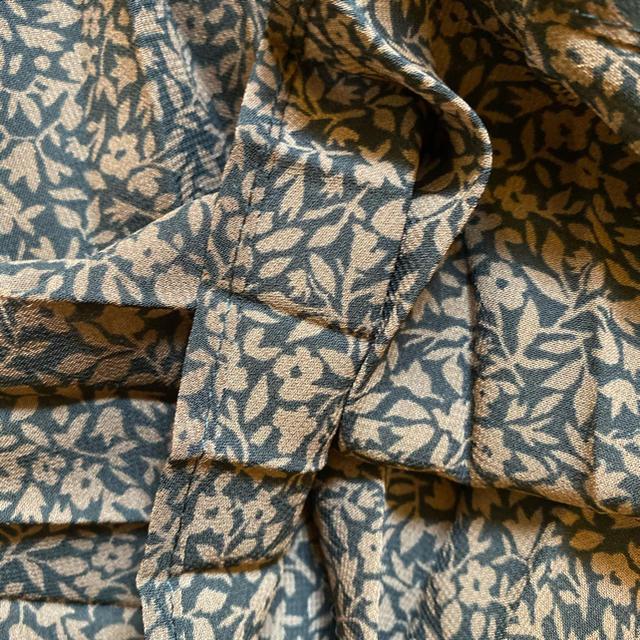 GU(ジーユー)のフラワープリーツミディスカート  ジーユー レディースのスカート(ロングスカート)の商品写真