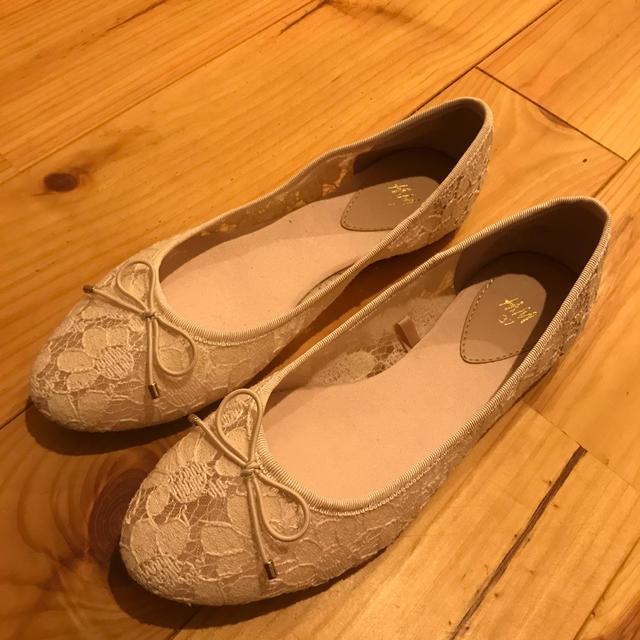 H&M(エイチアンドエム)のH&M レース パンプス レディースの靴/シューズ(ハイヒール/パンプス)の商品写真