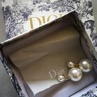 Dior - DIOR ディオール ピアス パール