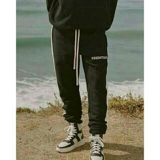 FEAR OF GOD - FOG Essentials Side Stripe Sweatpants