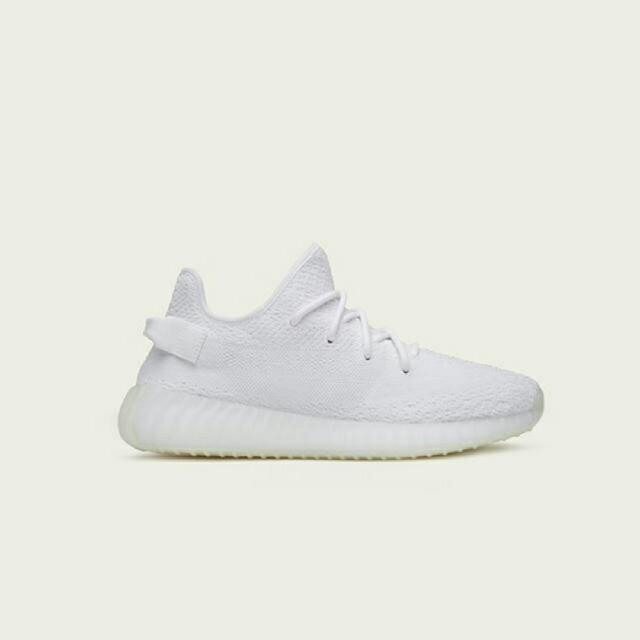 adidas(アディダス)のYEEZY BOOST イージーブースト US9 27cm ホワイト メンズの靴/シューズ(スニーカー)の商品写真