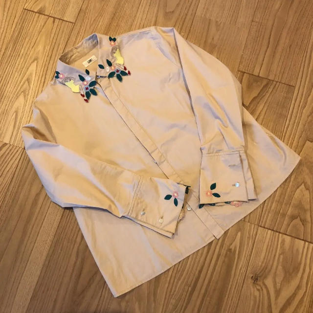 l'atelier du savon(アトリエドゥサボン)のアイアムアイ チャイナシャツ レディースのトップス(シャツ/ブラウス(長袖/七分))の商品写真