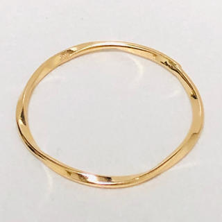 K18 ウェーブデザインのリング