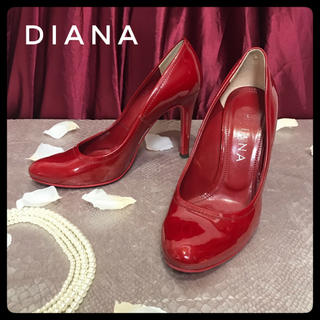 ダイアナ(DIANA)の【DIANA】ダイアナ 23.5cm ヒール エナメル パンプス 赤 レディース(ハイヒール/パンプス)