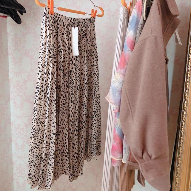 COCO DEAL(ココディール)の新作 2019 新品 ココディール サキュラー スカート レオパード サイズ2 レディースのスカート(ひざ丈スカート)の商品写真