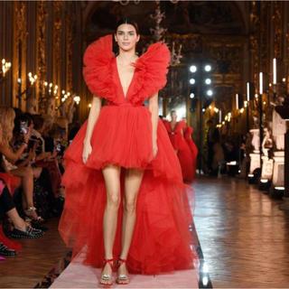 ジャンバティスタヴァリ(Giambattista Valli)のGiambattista Valli H&M レッドドレス ウェディング  (ウェディングドレス)