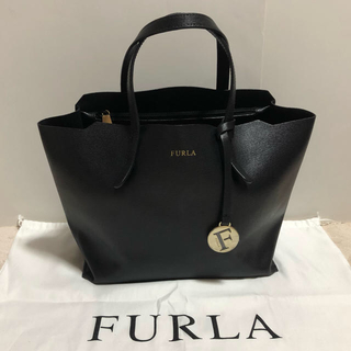 Furla - 【希少色】美品 FURLA フルラ ハンドバッグ SALLY Sサイズ