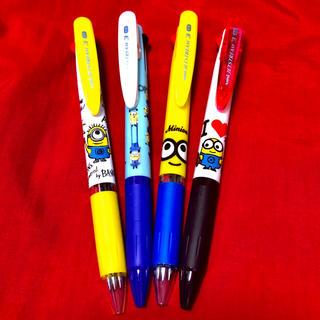 ミニオン(ミニオン)のミニオンジェットストリーム 3色ボールペン4本セット(キャラクターグッズ)