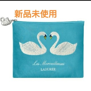 LADUREE - LADUREE  ラデュレ  クリスマスコフレ2019 スワン  白鳥