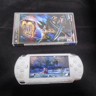 PlayStation Portable - プレイステーション ポータブル PSP-1000 本体+モンハン3セット 白