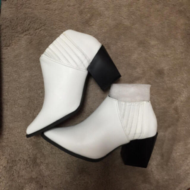 EMODA(エモダ)のEMODA♡ハイカットローブーツ♡ レディースの靴/シューズ(ブーツ)の商品写真