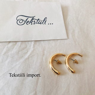 TODAYFUL - ●カーブデザインイヤーカフ風ピアス gold