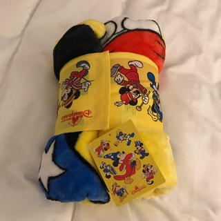 ミッキーマウス(ミッキーマウス)の日本未発売♡新品!香港ディズニーランド ミッキー ふわふわ ビッグブランケット(おくるみ/ブランケット)
