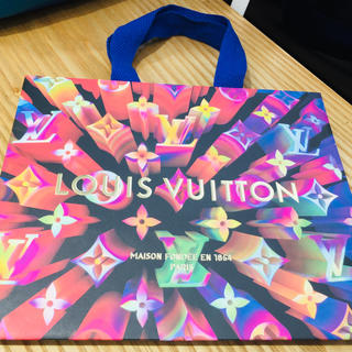 LOUIS VUITTON - LV ルイヴィトン限定 紙袋 2019年度版