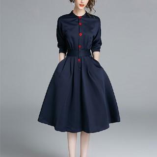 Mサイズ 赤ボタン ワンピース ドレス(ひざ丈ワンピース)