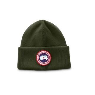 CANADA GOOSE - 完売色!新品未使用 Canadagoose カナダグース ニット帽