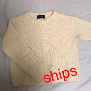 ケーブルニット セーター