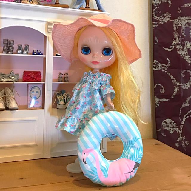 Takara Tomy(タカラトミー)の美品⭐️ネオブライス❤️ファニフラミンゴ 箱入り✨ ハンドメイドのぬいぐるみ/人形(人形)の商品写真