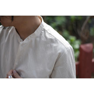 COMOLI - 【山内】有松塩縮加工リネンシャツ