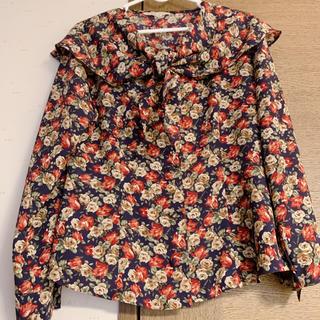 グリモワール(Grimoire)の古着 90's レトロ 花柄 セーラー襟 ブラウス used 薔薇 ローズ(シャツ/ブラウス(長袖/七分))