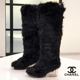 シャネル(CHANEL)の276 CHANEL ファー ブーツ(ブーツ)
