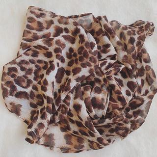 Lochie - vintage 大柄レオパード スカーフ