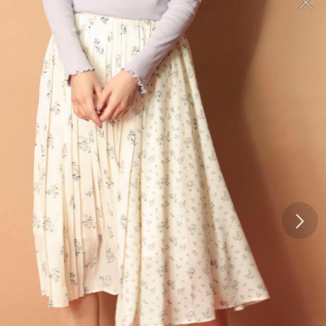HONEYS(ハニーズ)のHoneys 花柄スカート レディースのスカート(ひざ丈スカート)の商品写真