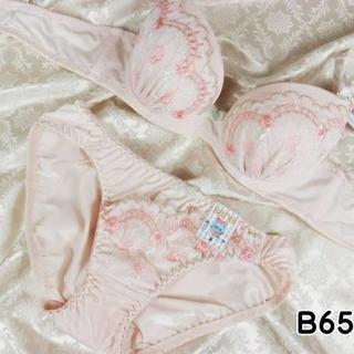 002★B65 M★美胸ブラ ショーツ 谷間メイク フラワーアーチ刺繍 ピンク(ブラ&ショーツセット)