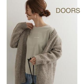 新品🍀今季 DOORS スクエアプリントTシャツ
