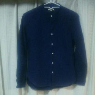 アベイル(Avail)のノーカラーシャツ Lサイズ シンプル 中古 長袖シャツ カジュアル アベイル 服(シャツ)