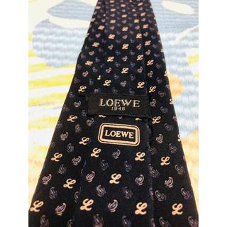 ロエベ(LOEWE)の2点購入で1点プレゼント!Loewe ロエベ ネクタイ a359(ネクタイ)