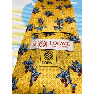 LOEWE - 2点購入で1点プレゼント!Loewe ロエベ ネクタイ a362
