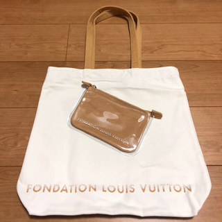 LOUIS VUITTON - パリ限定 ルイヴィトン美術館 トートバッグ+ポーチ 白+キャメル