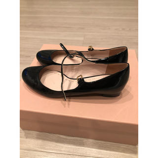 ミュウミュウ(miumiu)のmiumiu  メリージェーン(ローファー/革靴)