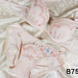 023★B75 M★美胸ブラ ショーツ 谷間メイク フラワーアーチ刺繍 ピンク(ブラ&ショーツセット)