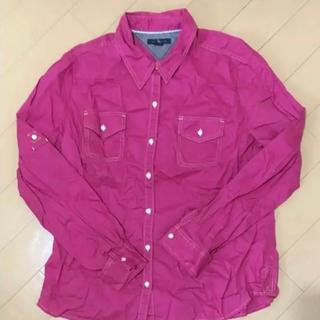 トミーヒルフィガー(TOMMY HILFIGER)のトミーヒルフィガー 濃い目のピンク長袖シャツ(Tシャツ(長袖/七分))