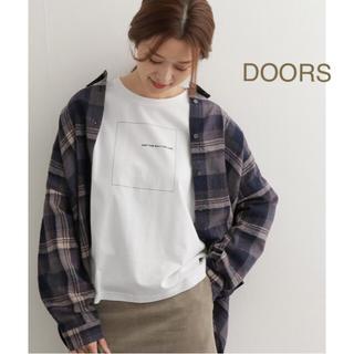 ドアーズ(DOORS / URBAN RESEARCH)の新品🍀今季 DOORS スクエアプリントTシャツ(Tシャツ(長袖/七分))