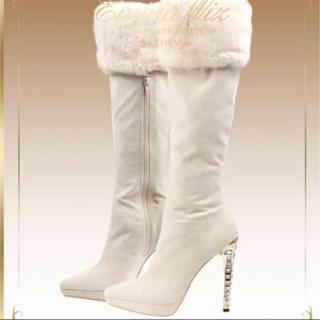 エミリア ホワイトファーロングブーツ(ブーツ)