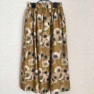 merlot - melrot plus フラワー柄スカート