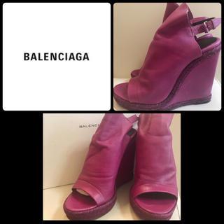 Balenciaga - バレンシアガ パープルレザー  ウエッジサンダル