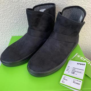 クロックス(crocs)の【クロックス】スェードショートブーツ   W7(ブーツ)