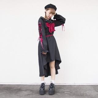 ロリータワンピ黒 thkkl(ひざ丈ワンピース)