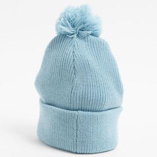 ウィゴー(WEGO)の【新品未使用】ポンポン ニット帽 サックス(ニット帽/ビーニー)