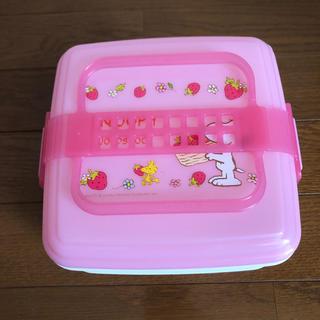 ピーナッツ(PEANUTS)のスヌーピー❤️お重箱 お弁当箱 ピンク  お花見 運動会 ピクニック (弁当用品)