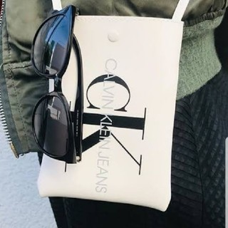 Calvin Klein - カルバンクライン付録バッグ