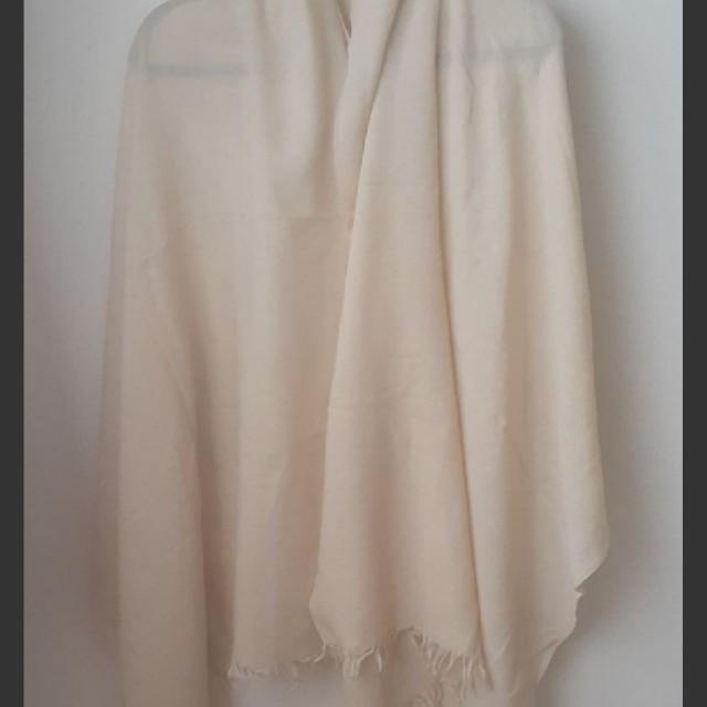 MUJI (無印良品)(ムジルシリョウヒン)の良品計画 オフホワイトの大きなストール レディースのファッション小物(ストール/パシュミナ)の商品写真