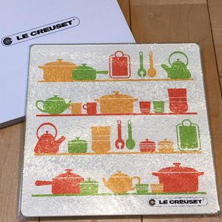 ルクルーゼ(LE CREUSET)のル・クルーゼ☆ガラスキッチンプレート(収納/キッチン雑貨)