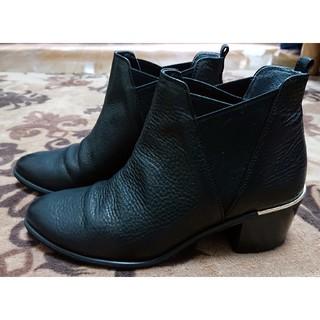 ダイアナ(DIANA)のDIANA ショートブーツ(ブーツ)