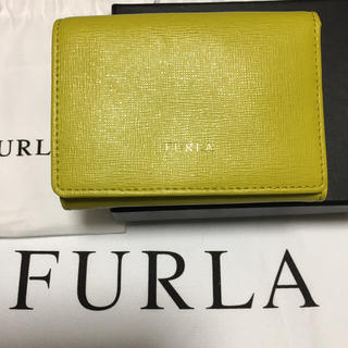 Furla - 数回使用  フルラ FURLA 三つ折り財布 黄緑